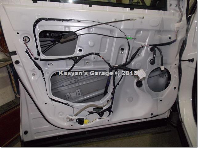 Шумоизоляция дверей Toyota Rav4 2013 г.в.