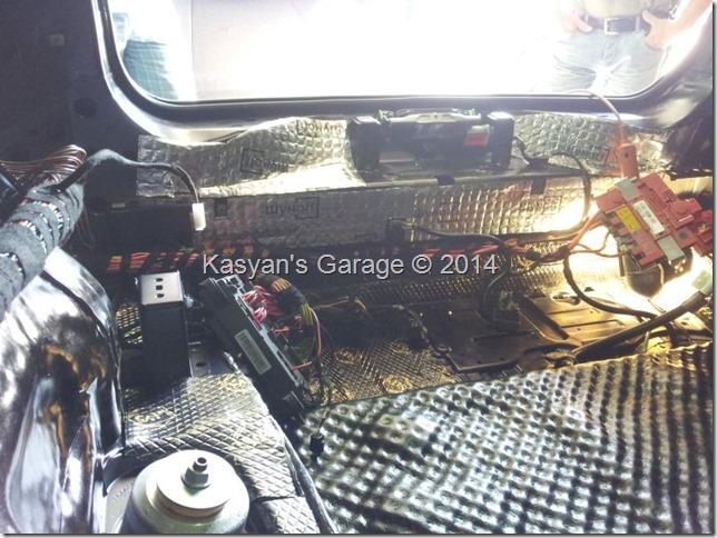 Шумоизоляция колесных арок и багажного отделения BMW X6