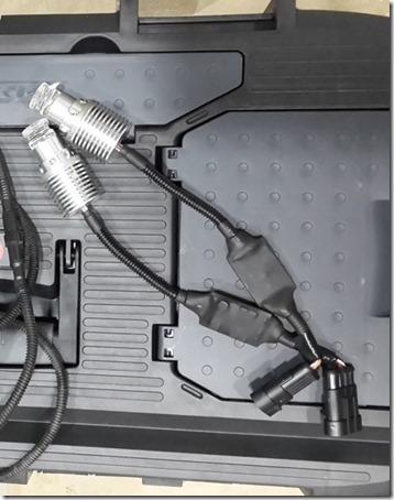 Сверхяркие светодиодные лампы High Performance Lights (HPL) в штатное место.