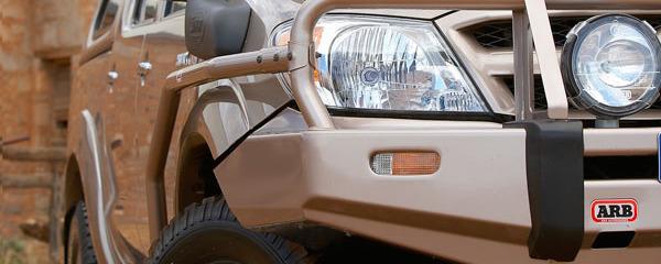 Установка акустики Toyota Hilux